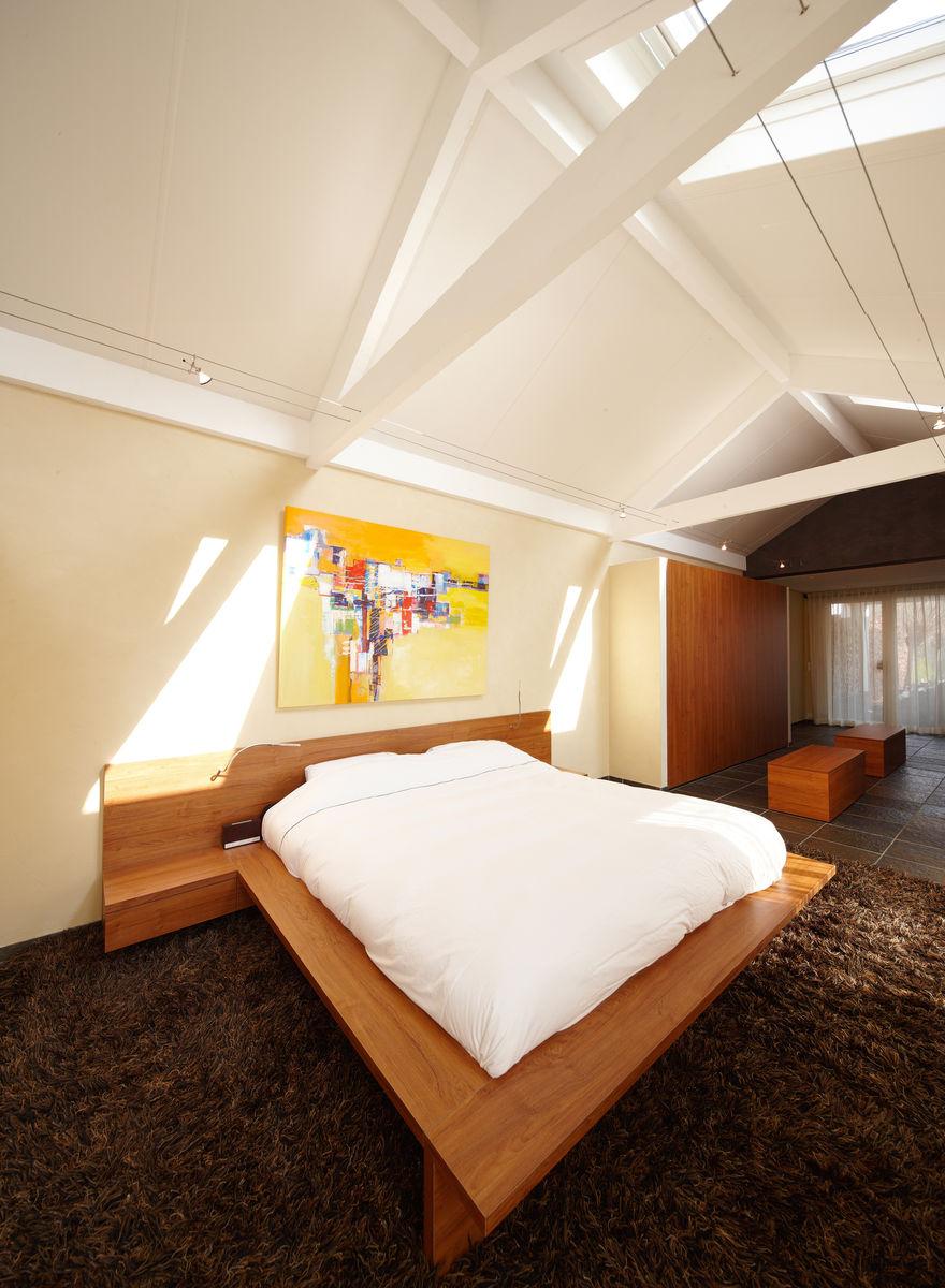 Slaapkamer met en suite badkamer door henk van leeuwen