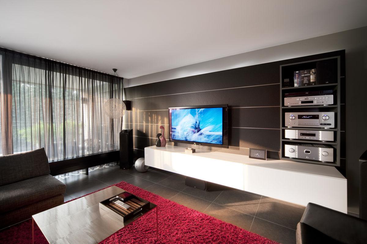 Woonkamer met tv meubel
