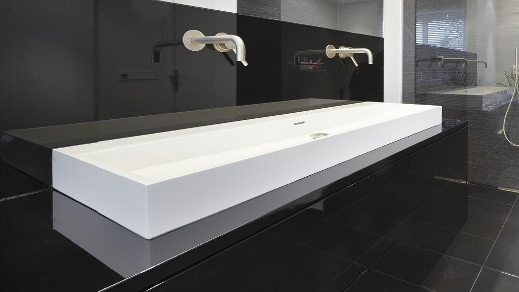 Badkamer Laten Maken : Badkamermeubels op maat laten maken door henk van leeuwen